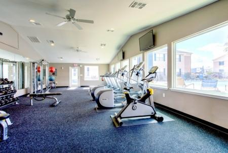 fitness center student apartment