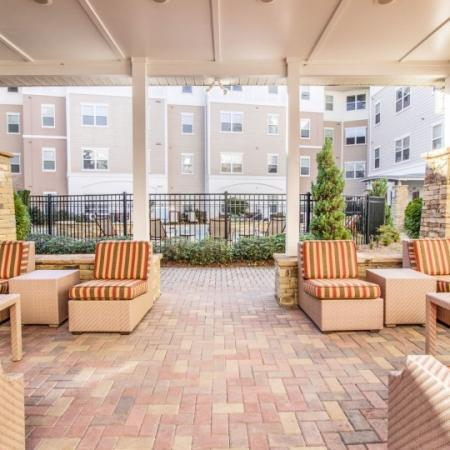 briarcliff apt outdoor lounge