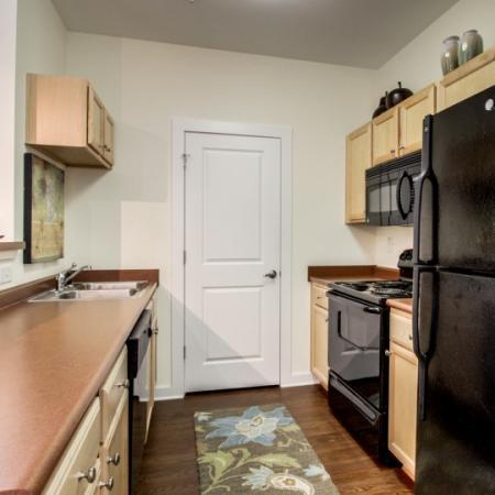 kitchen at campus crossings briarcliff