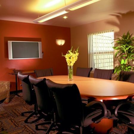 Resident Business Center | University Court