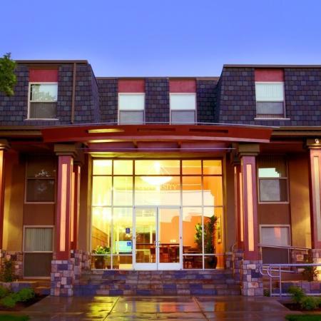 Unique Design | Apartments Uc Davis | University Court