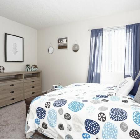 Vast Bedroom   Sacramento Rentals   Villa Regia
