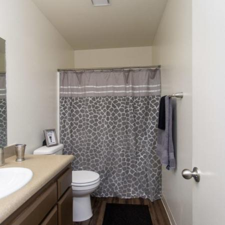 Luxurious Bathroom | Apartments for rent in Bakersfield, CA |