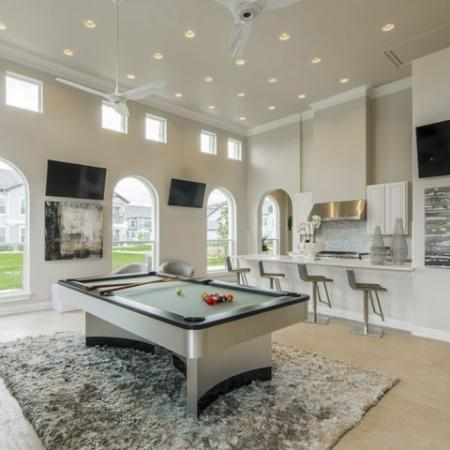 Resident Game Room   Apartments In Conroe TX   The Mansions Woodland
