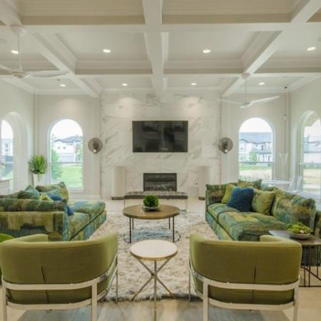 Resident Lounge | Apartments For Rent Conroe TX | The Mansions Woodland