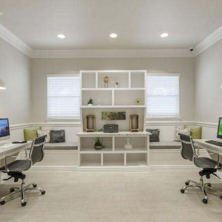 Resident Business Center   Conroe Apartments For Rent   The Mansions Woodland