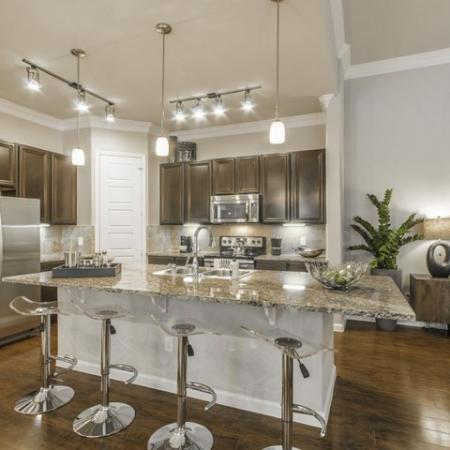 Spacious Kitchen   Conroe Apartments   The Mansions Woodland