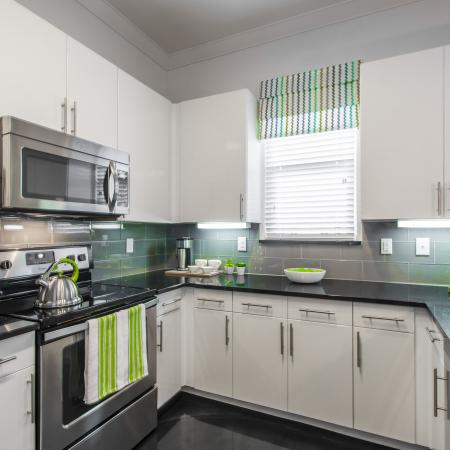 State-of-the-Art Kitchen | Apartments In Clear Lake Texas | The Towers of Seabrook