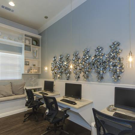 Resident Study Lounge | Apartments In San Antonio | The Estates at Briggs Ranch