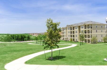 Paved Walking Trails | Apartments For Rent In San Antonio TX | The Estates at Briggs Ranch