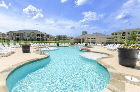 Sparkling Pool | Studio Apartments San Antonio | The Estates at Briggs Ranch