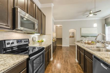 Spacious Kitchen | Apartments In Pflugerville | The Mansions at Stone Hill
