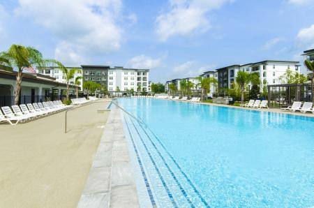 Resort Style Pool | Apartments In Conroe TX | The Towers Woodland