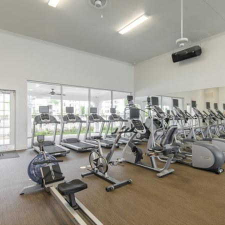 Resident Fitness Center | Conroe TX Apartments | The Towers Woodland