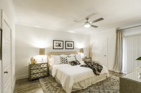 Luxurious Master Bedroom | Apartments For Rent In Conroe TX | The Towers Woodland