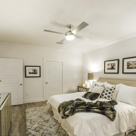 Vast Master Bedroom | Apartments In Conroe Texas | The Towers Woodland