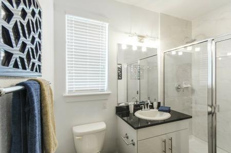 Spacious Bathroom | Apt In Conroe TX | The Towers Woodland