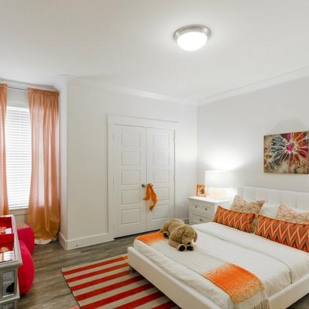 Elegant Bedroom | Apt In Conroe TX | The Towers Woodland