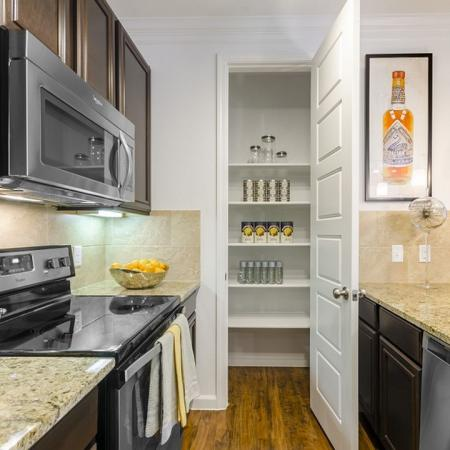 Spacious Kitchen | Austin Apartments | The Mansions at Lakeway