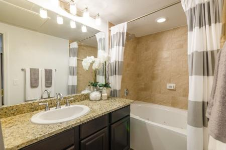 Spacious Bathroom | 2 Bedroom Apartments Austin | The Mansions at Lakeway