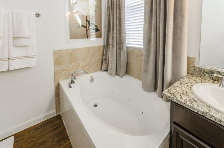 Elegant Master Bathroom | Apartment For Rent In Austin TX | The Mansions at Lakeway
