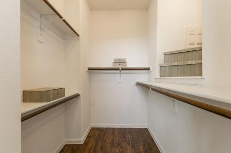 Open Closet | Apartments In Austin TX | The Mansions at Lakeway