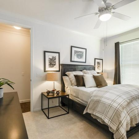 Luxurious Bedroom | Luxury Apartments In Austin Texas | The Mansions at Lakeway