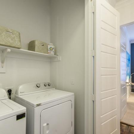 Apartment with Washer and Dryer | Apartments Austin TX | The Mansions at Lakeway