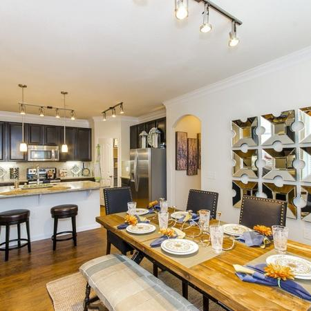 Dining Room | The Mansions on the Park