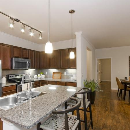 State-of-the-Art Kitchen | Apartments Magnolia| The Grand Estates Woodland