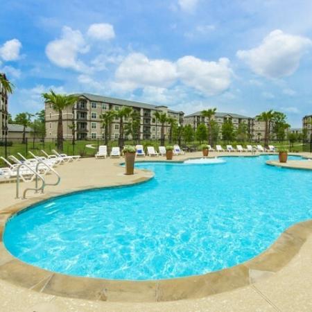 Resort Style Pool   Magnolia Apartments   The Grand Estates Woodland