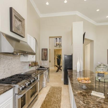 Modern Kitchen 2| Apartments San Antonio | The Mansions at Briggs Ranch