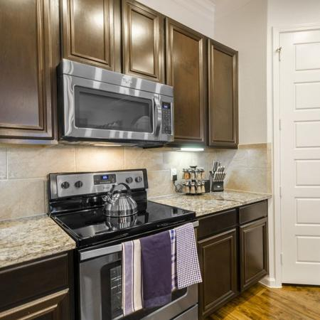 Elegant Kitchen | Apartments In Little Elm TX | The Mansions 3Eighty