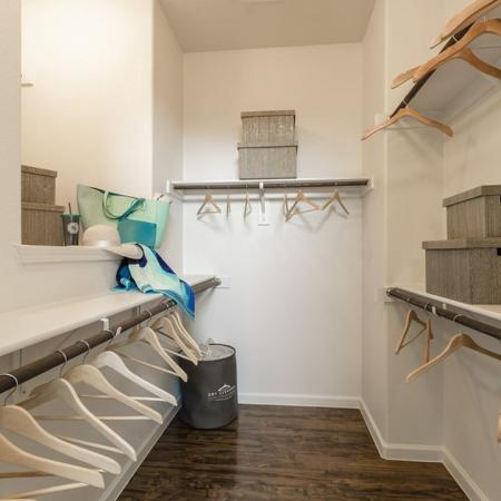 Spacious Closet | Apartments In Little Elm TX | The Mansions 3Eighty