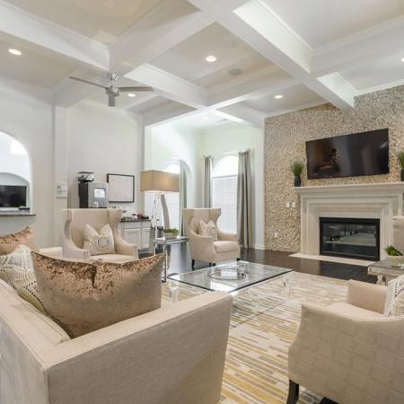 Spacious Resident Club House | One Bedroom Apartments Austin | The Mansions at Lakeway