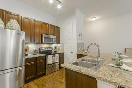 Elegant Kitchen | Luxury Apartments In Wylie TX | The Mansions at Wylie01
