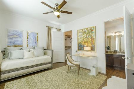 Elegant Master Bedroom | Apartments In Wylie TX | The Mansions at Wylie01