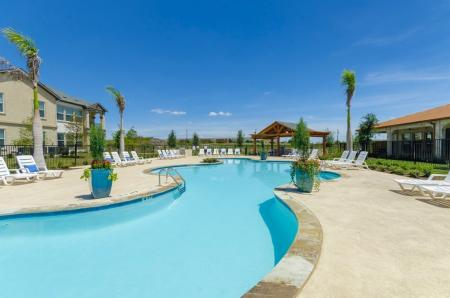 Swimming Pool | Apartments Pflugerville | The Mansions at Stone Hill