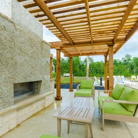 Covered Pavilion   Conroe Apts   The Mansions Woodland