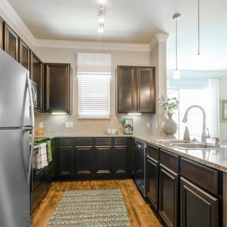 Apartments For Rent Conroe TX | The Mansions Woodland