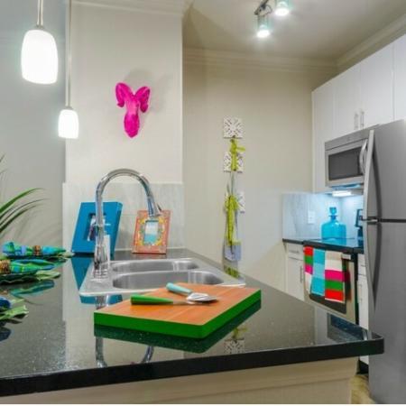 Luxurious Kitchen | Apartments In McKinney TX | The Mansions McKinney 3