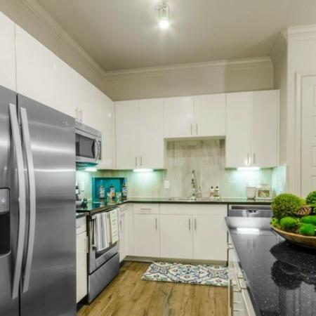Luxurious Kitchen | Apartments In McKinney TX | The Mansions McKinney 4