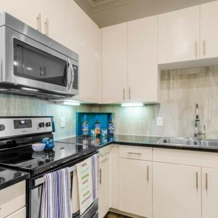 Spacious Kitchen | Luxury Apartments McKinney TX | The Mansions McKinney 8