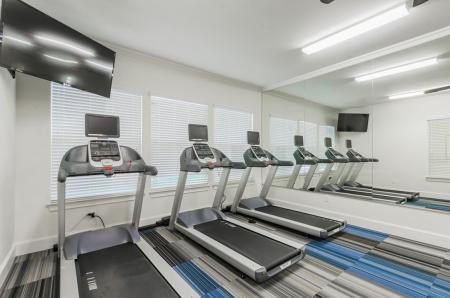 Resident Fitness Center | Apartments Wylie, TX | The Mansions of Wylie01