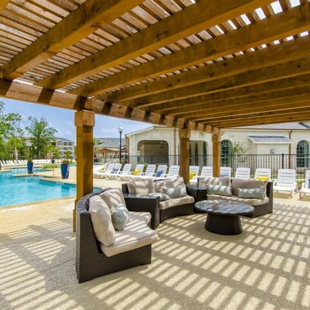 Magnolia TX Apartment Homes | The Mansions on the Park