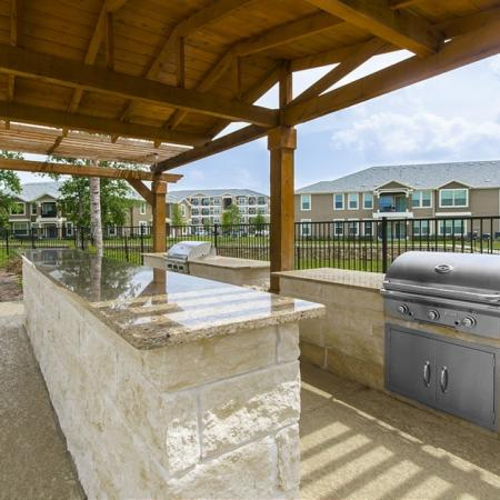 Magnolia TX Apartments For Rent | The Mansions on the Park