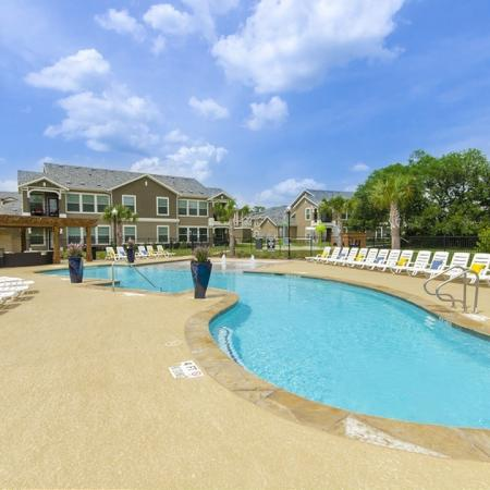 Swimming Pool | Apartment Homes in Magnolia, TX | The Mansions on the Park
