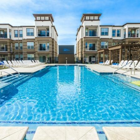 Resort Style Pool | Apartments McKinney TX | The Mansions McKinney