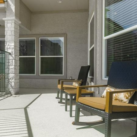 Resident Sun Deck | Apartments In Wylie Texas | The Mansions at Wylie01