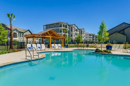 Sparkling Pool | Austin Texas Apartments | The Mansions at Travesia